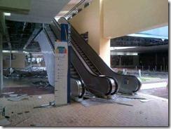 Mall of Asia (MOA). Photo posted by Izumi Chan via Bayan Mo, iPatrol Mo: Ako ang Simula